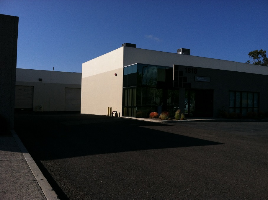 commercial building with flat roof