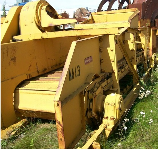 yellow apron feeder equipment